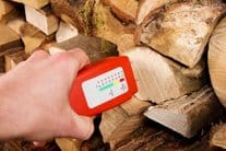 how-to-tell-if-your-wood-is-seasoned-768x512