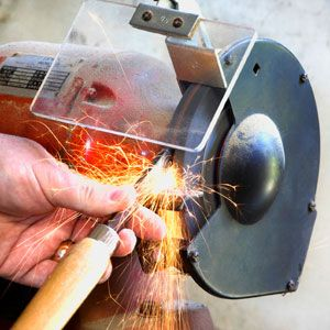 How To Sharpen A Chisel With A Bench Grinder