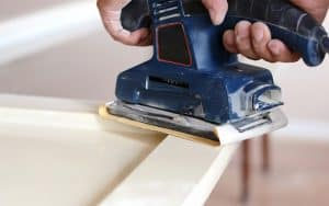 How To Put Sandpaper On A Palm Sander
