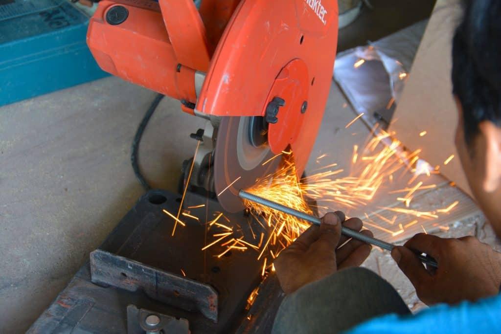 engineering-blade-production