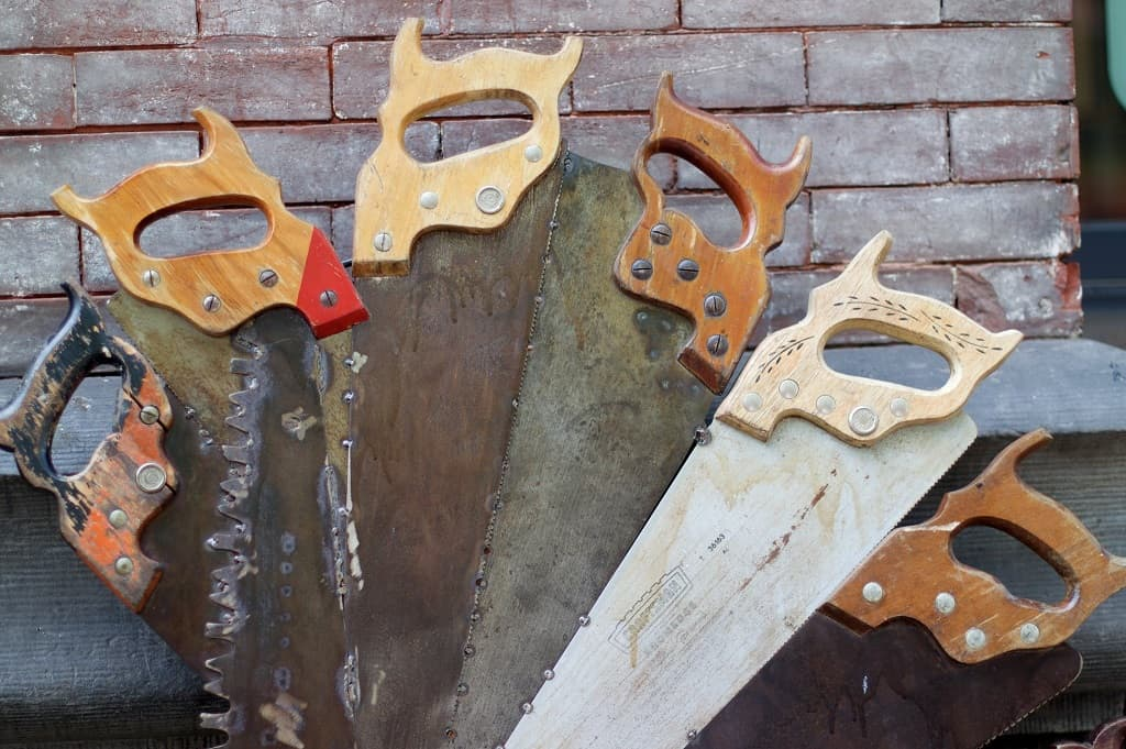 six types of saws on display